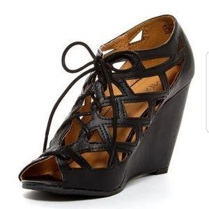 Mia Quincy Wedge Heel Sandal 6